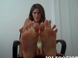 Let Me Wiggle My Toes For You
