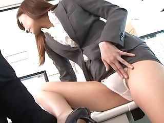Aya Kisaki Gets Her Vag Crammed With A Hard Penis In The Office