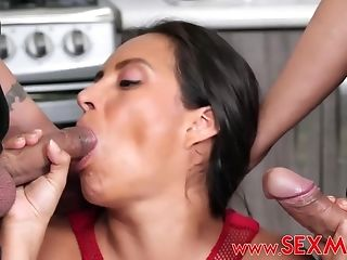 Silvia Santez Is A Raunchy Aunt-in-law Who Loves - Silvia Saenz