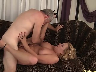 Grandmother Takes A Fat Fuckpole And Spunk In Her Mouth