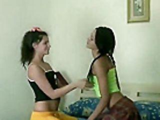 Lesbianh porno orgie movi