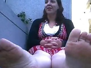 Do You Want To See My Dual Broad Size Nine Stinky Feet ?