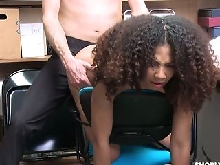 Guilty Dark-hued Gal Nia Nixon Is Fucked Missionary On The Table By Cop