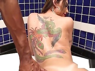 Big Booty Tranny Banged In Jacuzzi