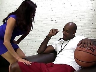 Sheila Marie And Another Bitch Wanna Some Big Black Cock In Their Crevices