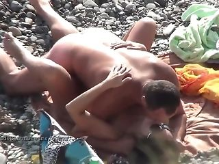 Horny Euro Teenagers Are Having Orgy On The Beach