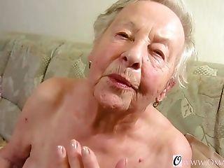 Drunk maid fingering sexy
