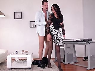 Crazy Mummy Coco De Mal Can Only Jism When Dual Penetrated