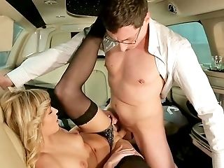 Limo Rail Comes With A Good Fuck For Naked Youthful Ria Sunn