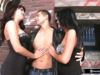 Bijou, Aida Sweet, And Totti Having Joy Together