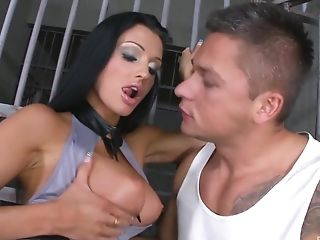 Stunning Aletta Ocean Likes Hard Threesome With Two Strong Dudes