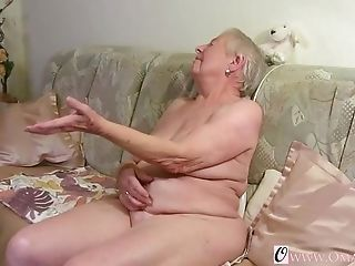 Utterly Old Granny Flashing Off Her Well Elder Matures Wrinkles