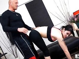 Eva Lin Gets Her Arse Drilled By Her Trainer
