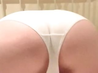 Fat Chick Bootie Wiggle