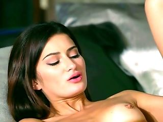 Suzy Rain And Alexi Starlet Are Making Love Like There's No Tomorrow