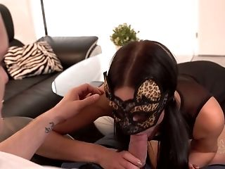 Stunner In Masquerade Mask Leanne Lace Gives A Voluptuous Blow-job And Gets Ravaged