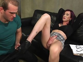 T-chick Jonah Marx Adores To Fuck With Her Marvelous Beau