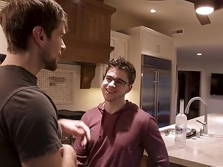 Very First-timer Queer Dudes Love To Suck Each Other Before Having Hookup