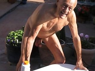 Spanish Old Man Filmed His Getting Off In The Backyard