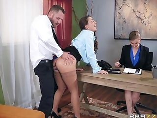 Abigail Mac Pounding Her Fresh Manager At The Office To Get The Job