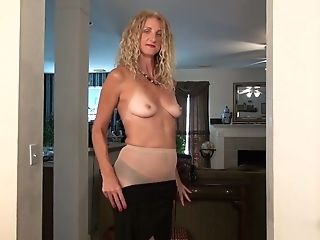 Long-legged And Tall Blonde With Suntan Lines Zoe Marks Plays With Her Nasty Labia