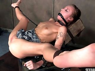 Sassy Closeup Shoot Of Servant Mouth Getting Throbbed In Bondage & Discipline Porno