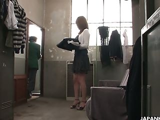 Chestnut Haired Japanese Jun Kusanagi Masturbates In The Switching Room