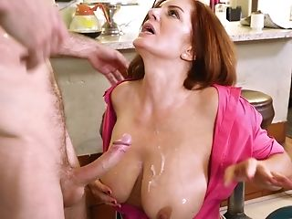 Petite Town Mummy Waitress Fucks A Hot Youthful Man In The Restaurant