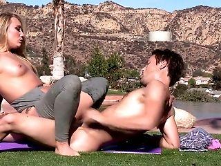 Stunning Stunner Aj Applegate Screwed Hard On A Lawn Outdoor