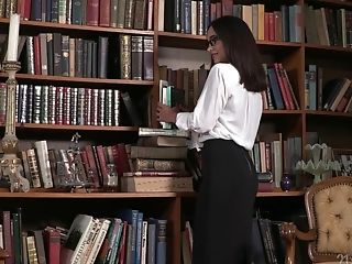 Nerdy Librarian In Glasses Gets Dual Penetrated For The First-ever Time