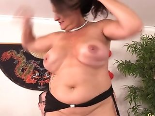 A Hard Vulva Pounding That Delicious Matures Leylani Wood Is Sure To Love