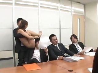 Ayami Shunka Ambles In An Office Naked And Fucks With Everyone