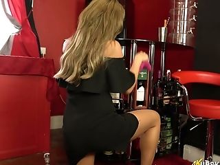 Long-legged Chick Natalia Forrest Shows Off Her Yummy Muff Upskirt