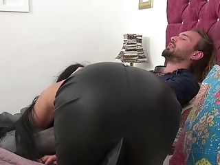 Stunning Chick Candy Kayne Rails A Big Dick While Her Tits Bounce